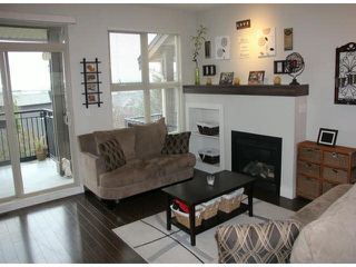 """Photo 5: 58 20326 68 Avenue in Langley: Willoughby Heights Townhouse for sale in """"SunPointe"""" : MLS®# F1428910"""