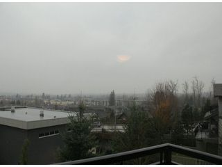 """Photo 14: 58 20326 68 Avenue in Langley: Willoughby Heights Townhouse for sale in """"SunPointe"""" : MLS®# F1428910"""