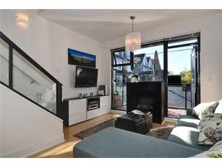 """Photo 3: 3655 COMMERCIAL Street in Vancouver: Victoria VE Townhouse for sale in """"BRIX II"""" (Vancouver East)  : MLS®# V1099787"""