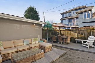 """Photo 18: 2092 WHYTE Avenue in Vancouver: Kitsilano 1/2 Duplex for sale in """"KITS POINT"""" (Vancouver West)  : MLS®# V1100092"""