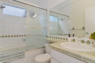 """Photo 15: 2092 WHYTE Avenue in Vancouver: Kitsilano 1/2 Duplex for sale in """"KITS POINT"""" (Vancouver West)  : MLS®# V1100092"""