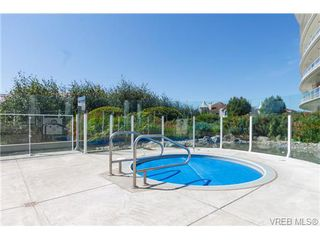 Photo 4: 316 68 Songhees Rd in VICTORIA: VW Songhees Condo Apartment for sale (Victoria West)  : MLS®# 694809