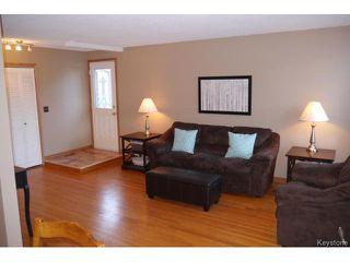 Photo 3: 53 Nolin Place in WINNIPEG: Fort Garry / Whyte Ridge / St Norbert Residential for sale (South Winnipeg)  : MLS®# 1505582