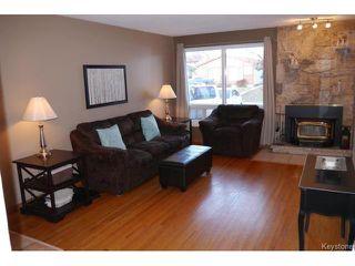 Photo 2: 53 Nolin Place in WINNIPEG: Fort Garry / Whyte Ridge / St Norbert Residential for sale (South Winnipeg)  : MLS®# 1505582