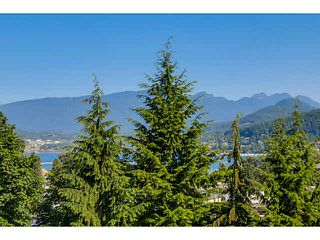 "Photo 11: 607 3001 TERRAVISTA Place in Port Moody: Port Moody Centre Condo  in ""NAKISKA"" : MLS®# V1129668"
