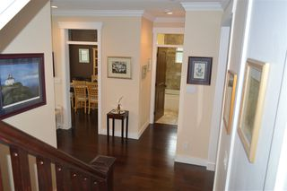 Photo 15: 609 W 24TH Close in North Vancouver: Hamilton House for sale : MLS®# R2044403