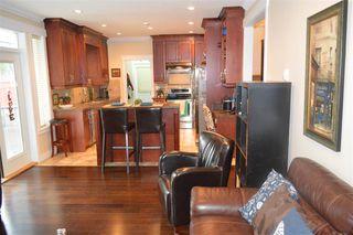 Photo 4: 609 W 24TH Close in North Vancouver: Hamilton House for sale : MLS®# R2044403