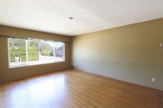 "Photo 5: 13802 - 13804 GROSVENOR Road in Surrey: Bolivar Heights House Duplex for sale in ""BOLIVAR HEIGHTS"" (North Surrey)  : MLS®# R2107128"
