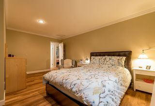 Photo 7: 4577 COVE CLIFF Road in North Vancouver: Deep Cove House for sale : MLS®# R2110734
