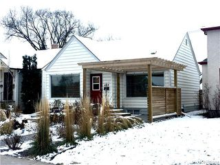 Photo 1: 409 Borebank Street in Winnipeg: River Heights North Residential for sale (1C)  : MLS®# 1627594