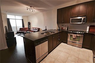 Photo 4: 9245 Jane Street in Vaughan: Maple Condo for lease