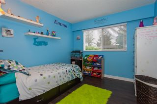 Photo 15: 14516 CHARTWELL Drive in Surrey: Bear Creek Green Timbers House for sale : MLS®# R2141748