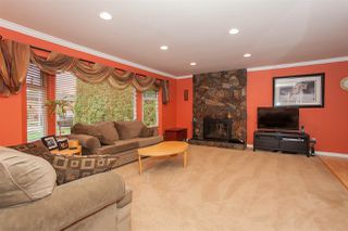 Photo 5: 14516 CHARTWELL Drive in Surrey: Bear Creek Green Timbers House for sale : MLS®# R2141748