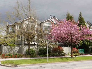"""Main Photo: 102 633 W 16 Avenue in Vancouver: Fairview VW Condo for sale in """"Birchview Terrace"""" (Vancouver West)  : MLS®# R2163651"""