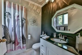 Photo 12: 9272 177 Street in Surrey: Port Kells House for sale (North Surrey)  : MLS®# R2170812