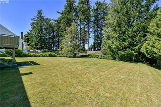 Photo 10: 1836 Grandview Dr in VICTORIA: SE Gordon Head House for sale (Saanich East)  : MLS®# 763092
