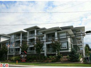 Photo 1: 215 46262 FIRST AVENUE in Chilliwack: Chilliwack E Young-Yale Condo for sale : MLS®# R2186510
