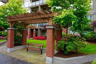 "Photo 15: 220 33539 HOLLAND Avenue in Abbotsford: Central Abbotsford Condo for sale in ""THE CROSSING - LUXURY APARTMENT"" : MLS®# R2196035"