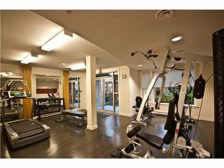 """Photo 14: 220 33539 HOLLAND Avenue in Abbotsford: Central Abbotsford Condo for sale in """"THE CROSSING - LUXURY APARTMENT"""" : MLS®# R2196035"""