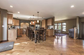 "Photo 4: 10024 EAGLE Crescent in Chilliwack: Little Mountain House for sale in ""Little Mountain"" : MLS®# R2209962"