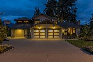 "Photo 2: 10024 EAGLE Crescent in Chilliwack: Little Mountain House for sale in ""Little Mountain"" : MLS®# R2209962"