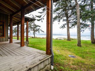 Photo 3: 3777 S ISLAND S Highway in CAMPBELL RIVER: CR Campbell River South House for sale (Campbell River)  : MLS®# 775066