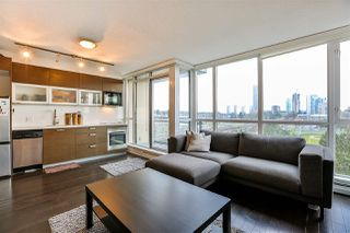 "Photo 5: 704 10777 UNIVERSITY Drive in Surrey: Whalley Condo for sale in ""CITY POINT TOWER 1"" (North Surrey)  : MLS®# R2237495"