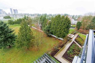 "Photo 12: 704 10777 UNIVERSITY Drive in Surrey: Whalley Condo for sale in ""CITY POINT TOWER 1"" (North Surrey)  : MLS®# R2237495"