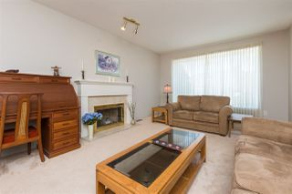 "Photo 2: 9269 152A Street in Surrey: Fleetwood Tynehead House for sale in ""Berkshire"" : MLS®# R2240790"
