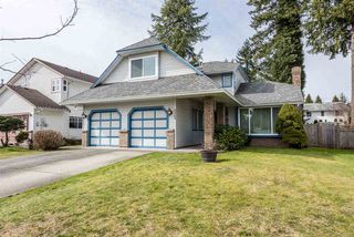 "Photo 1: 9269 152A Street in Surrey: Fleetwood Tynehead House for sale in ""Berkshire"" : MLS®# R2240790"