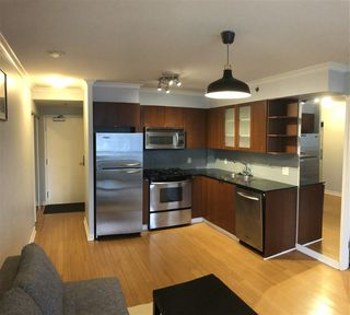 "Photo 2: 1107 822 SEYMOUR Street in Vancouver: Downtown VW Condo for sale in ""L'ARIA"" (Vancouver West)  : MLS®# R2246943"