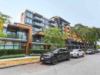 "Main Photo: 707 8488 CORNISH Street in Vancouver: S.W. Marine Condo for sale in ""Granville at 70th"" (Vancouver West)  : MLS®# R2297077"