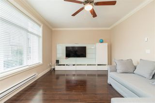 """Photo 3: 48 15399 GUILDFORD Drive in Surrey: Guildford Townhouse for sale in """"Guildford Greens"""" (North Surrey)  : MLS®# R2305149"""