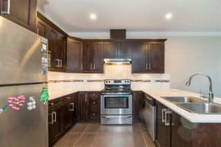 """Photo 5: 48 15399 GUILDFORD Drive in Surrey: Guildford Townhouse for sale in """"Guildford Greens"""" (North Surrey)  : MLS®# R2305149"""