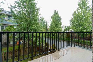 """Photo 18: 48 15399 GUILDFORD Drive in Surrey: Guildford Townhouse for sale in """"Guildford Greens"""" (North Surrey)  : MLS®# R2305149"""