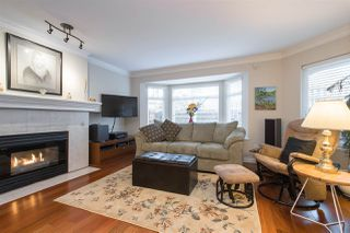 """Photo 1: 102 257 E KEITH Road in North Vancouver: Lower Lonsdale Townhouse for sale in """"McNair Park"""" : MLS®# R2333342"""