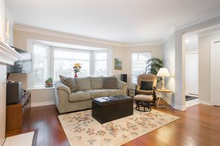 """Photo 3: 102 257 E KEITH Road in North Vancouver: Lower Lonsdale Townhouse for sale in """"McNair Park"""" : MLS®# R2333342"""