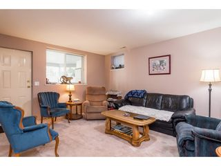 """Photo 17: 15148 75 Avenue in Surrey: East Newton House for sale in """"CHIMNEY HILL"""" : MLS®# R2336628"""