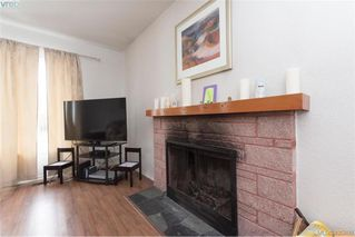 Photo 4: 3516 Calumet Ave in VICTORIA: SE Quadra House for sale (Saanich East)  : MLS®# 806601