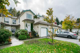 "Photo 2: 13 10038 150 Street in Surrey: Guildford Townhouse for sale in ""MAYFIELD GREEN"" (North Surrey)  : MLS®# R2342820"