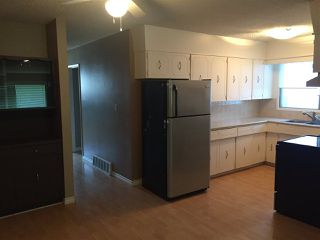 Photo 3: 10147 88 Street in Edmonton: Zone 13 House Half Duplex for sale : MLS®# E4145990