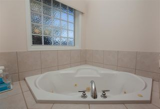 Photo 15: 3454 37 Street in Edmonton: Zone 29 House for sale : MLS®# E4149374
