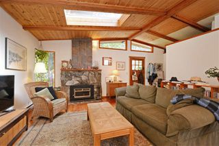"""Photo 3: 967 WINDJAMMER Road: Bowen Island House for sale in """"BLUEWATER"""" : MLS®# R2354068"""