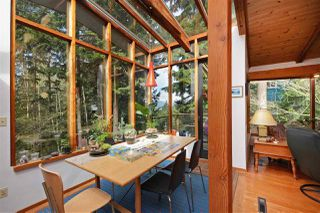 """Photo 5: 967 WINDJAMMER Road: Bowen Island House for sale in """"BLUEWATER"""" : MLS®# R2354068"""