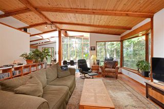 "Main Photo: 967 WINDJAMMER Road: Bowen Island House for sale in ""BLUEWATER"" : MLS®# R2354068"