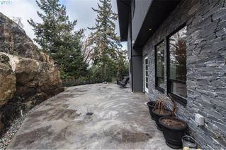 Photo 11: 3457 Vantage Point in VICTORIA: Co Triangle Single Family Detached for sale (Colwood)  : MLS®# 408439