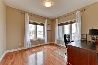 Photo 9: 580 HODGSON Road in Edmonton: Zone 14 House for sale : MLS®# E4154265