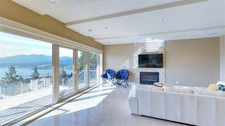Photo 8: 7319 RIDGE Drive in Burnaby: Westridge BN House for sale (Burnaby North)  : MLS®# R2373690