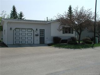 Main Photo: 4918 Dorchester Avenue in Red Deer: RR Davenport Residential Mobile for sale : MLS®# CA0168346