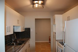 Photo 8: 103 5520 Riverbend Road in Edmonton: Zone 14 Condo for sale : MLS®# E4160462